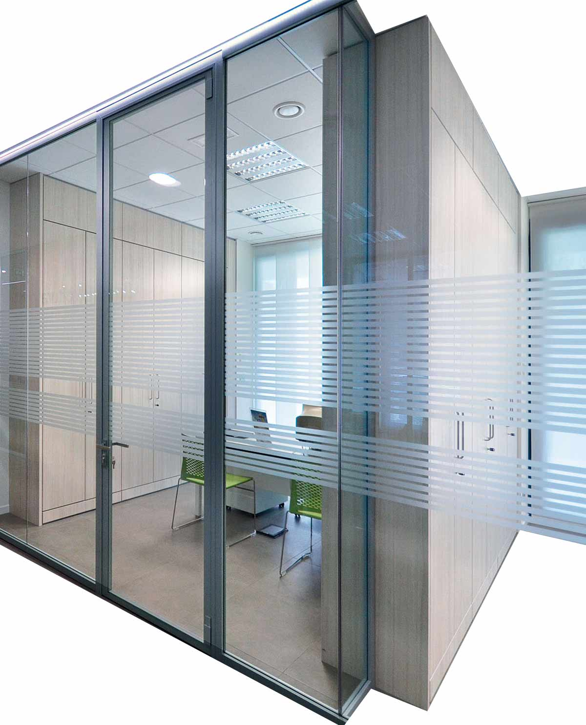 Partition walls equipped with double storage.