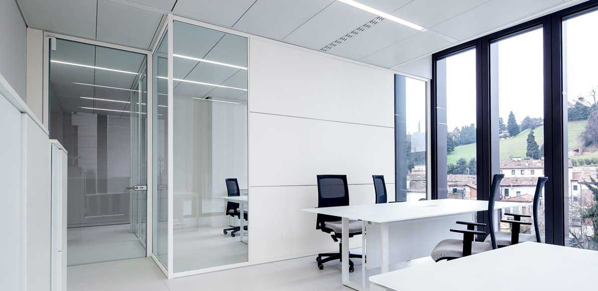 Partition walls in wood and glass