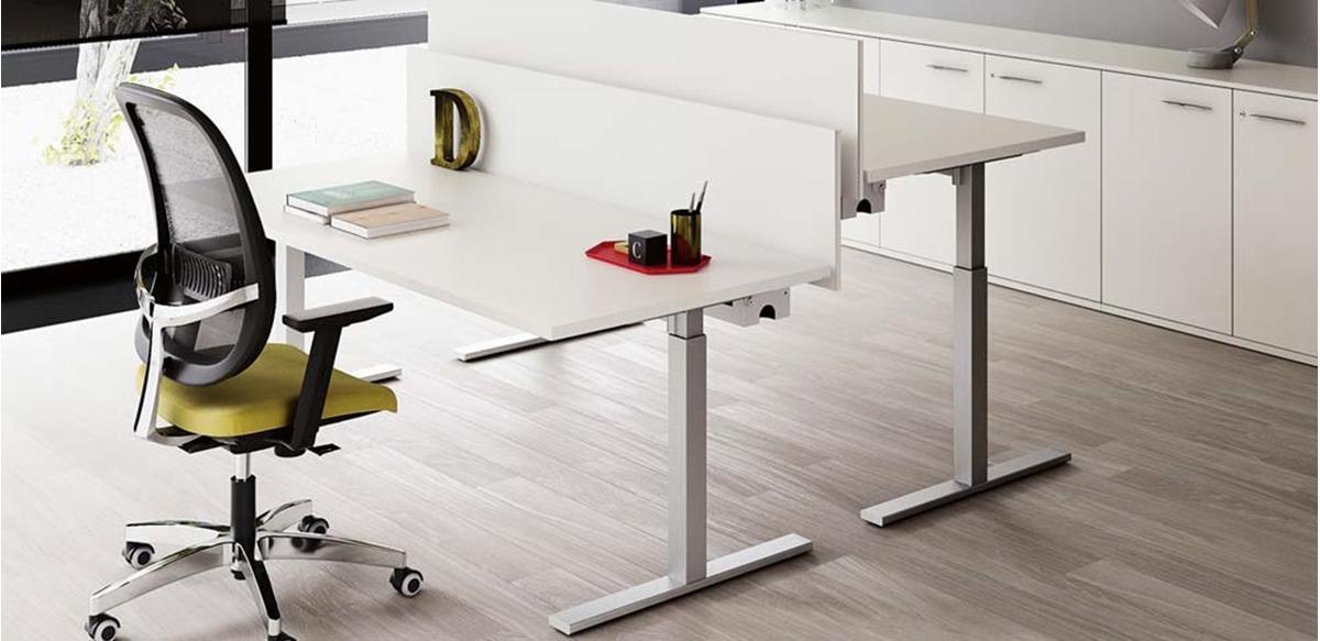 Mobili per ufficio opzione gambe regolabili in altezza - Tavoli regolabili in altezza prezzi ...