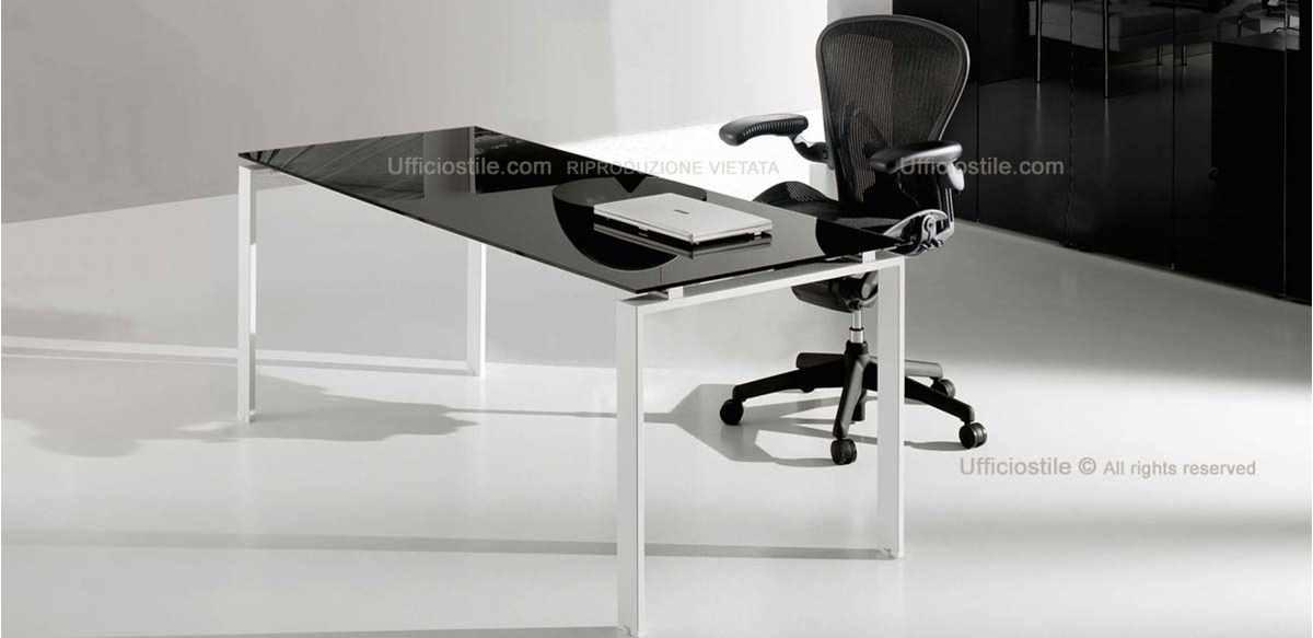 Mobili per ufficio - Scrivania vetro nero o rosso cm. 180